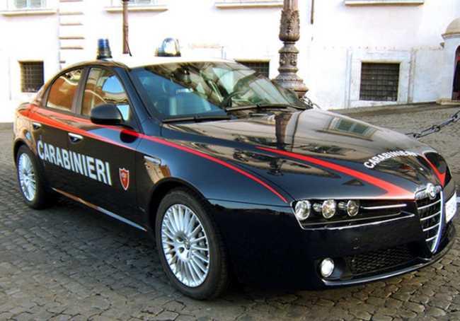 700 auto carabinieri cc w