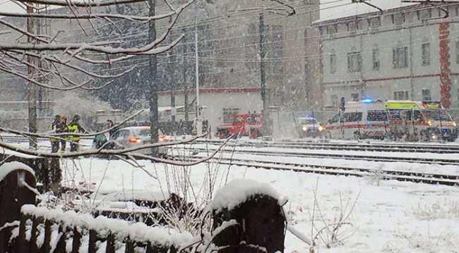 auto binari neve villa dic 17