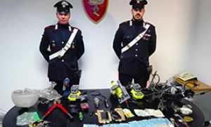 b carabinieri sequestro politano merce