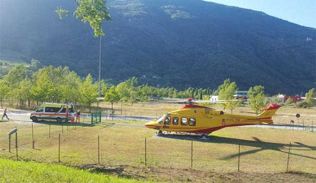 campocalcio elicottero ambulanza