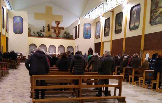 cappuccina chiesa interno inverno