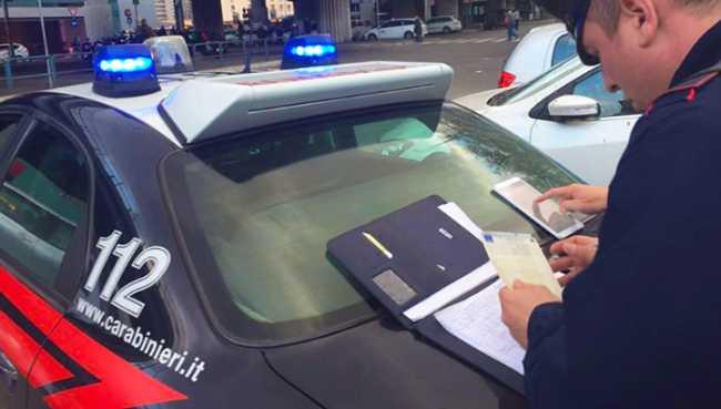carabinieri documenti auto