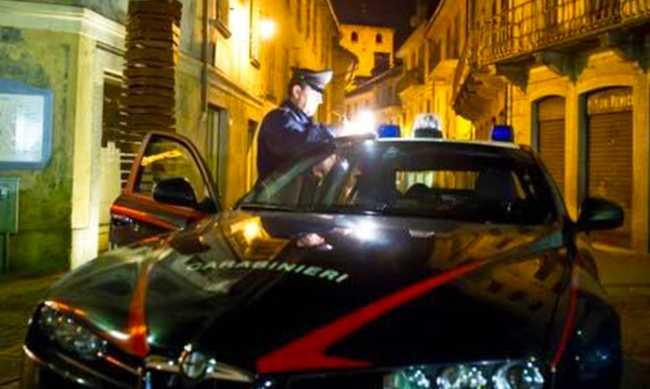 carabinieri notte via briona