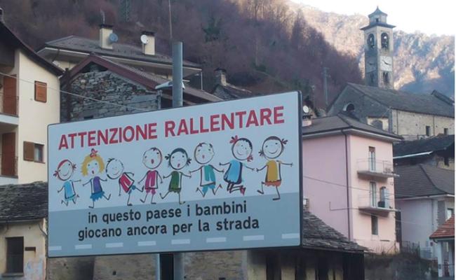 cartello bambini viganella