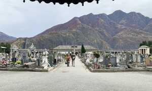 cimitero domo vista due mascherina