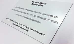 corta foto targa partigiani svizzera