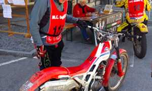 corta moto epoca trial