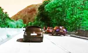 corto polizia traina superstrada