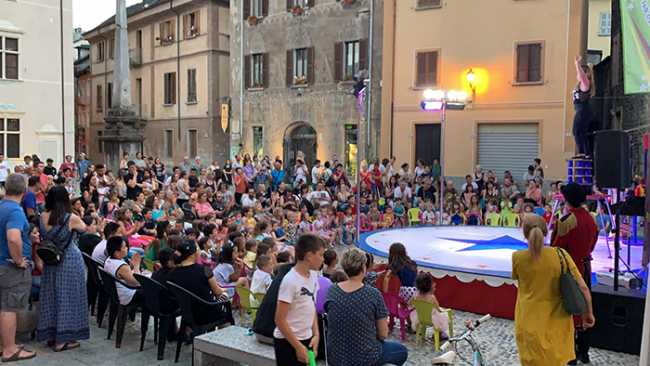 piazza chiossi giovedi luce 19