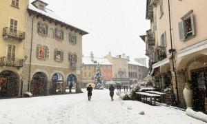 piazza mercato neve