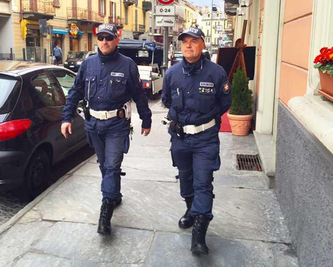 polizia locale via