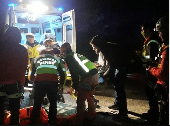 soccorso notte ambulanza barella