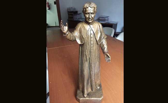 statua villa restauro don Bosco