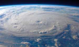 terra spazio nuvole