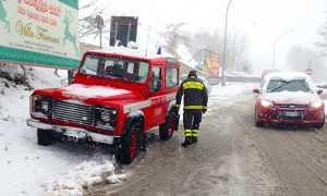 vigile fuoco jeep neve