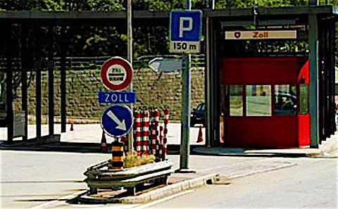 Coronavirus, la Svizzera mantiene le sue restrizioni d'entrata alla frontiera con l'Italia