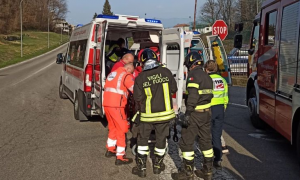 ambulanza vigili fuoco barella
