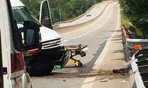 corta furgone incidente barella