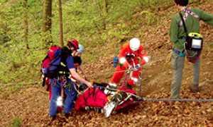 corta soccorso barella bosco